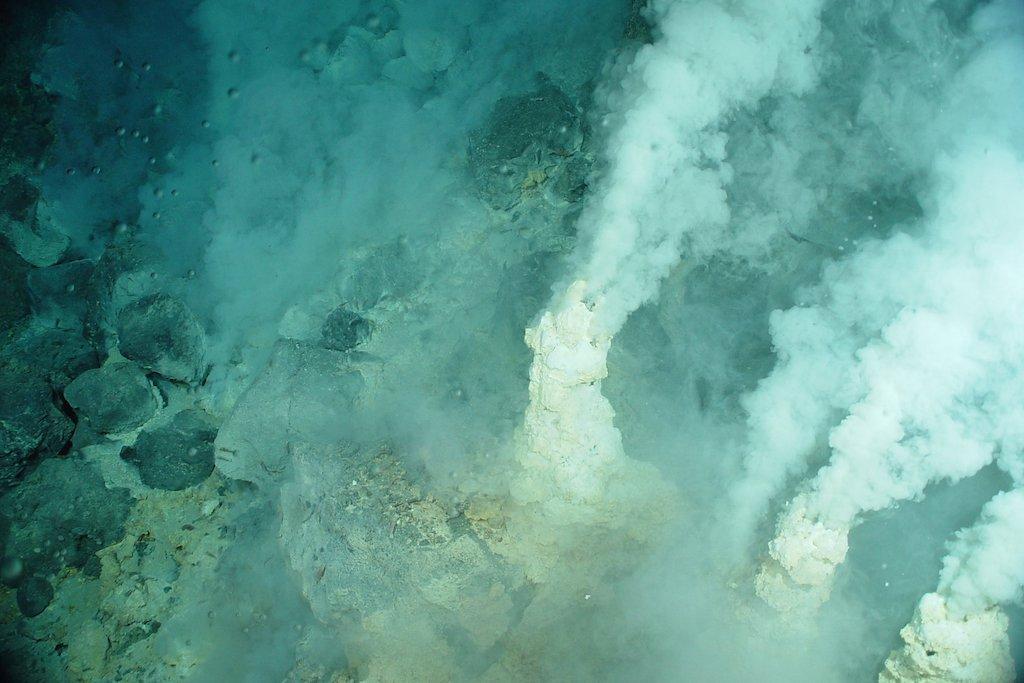 海底熱水噴出孔