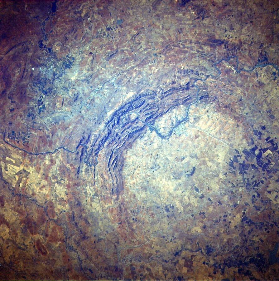 フレデフォート・ドーム(隕石クレーター)